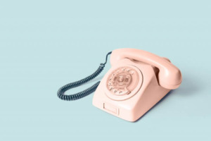 english-conversation-make-receive-a-call-01