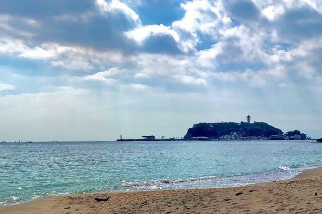 江ノ島が見える湘南海岸を英語で説明
