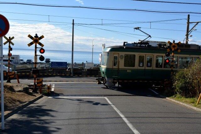 江ノ島駅がある江ノ電を英語で説明