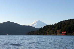 箱根を英語で説明 温泉など観光旅行で有名なスポットを紹介