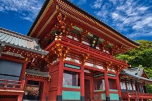 鶴岡八幡宮を英語で説明 鎌倉初代将軍源頼朝ゆかりの神社を紹介