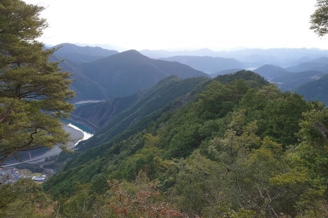 熊野古道のある熊野を英語で説明
