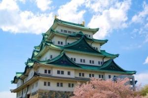 名古屋城を英語で説明|天守閣や本丸御殿などのある名城公園を紹介