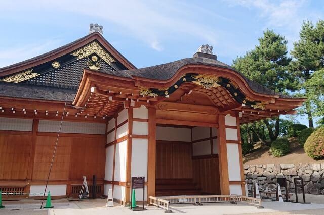 名古屋城の本丸御殿を英語で説明