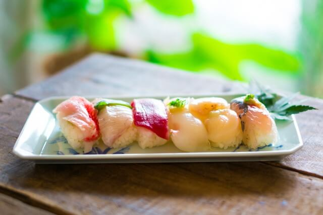 握り寿司を英語で説明
