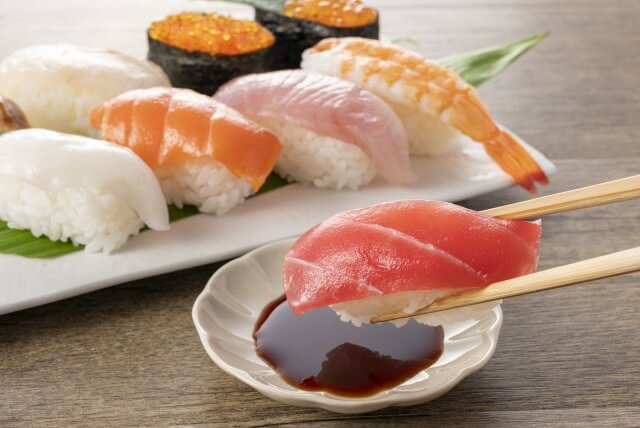 握り寿司の食べ方を英語で説明